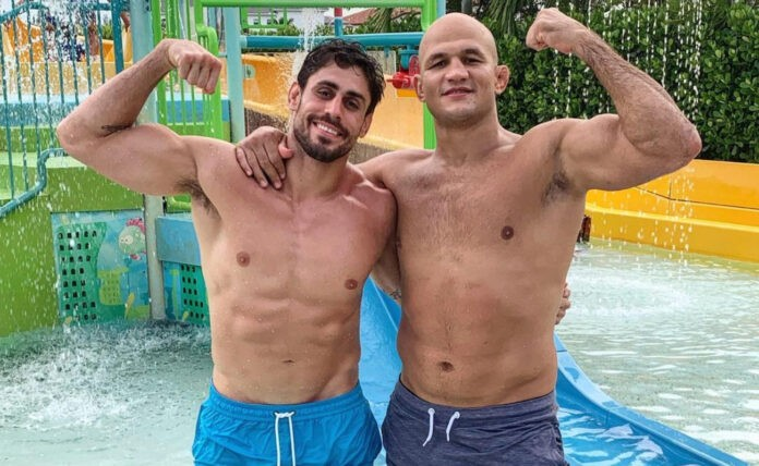 Antonio Carlos Junior και Junior dos Santos